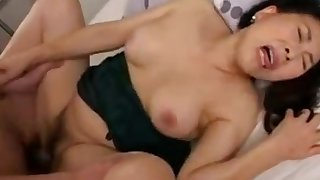Young womanhood Fucks Japanese Mature Mom