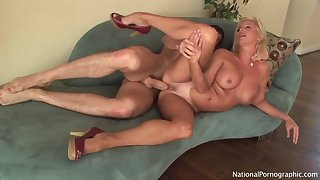 Elegant Blondie Cougar Whore Titjob Hart Fuck
