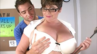Handsome dude got his dick tuged and pleasured by fat Kriss Kelly