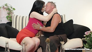 Brunette nympho Sheril Blosso enjoys uncalculated sex with elder